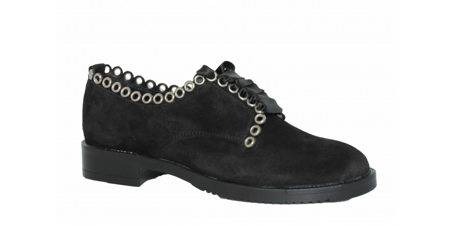 Casual Shoes - Black suede