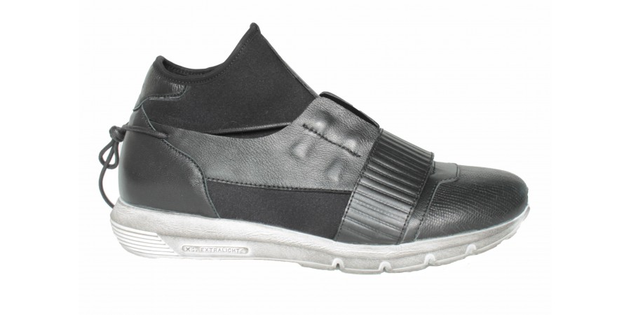 Sneakers - Black Napa , neoprene